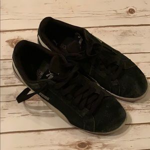 Men's Puma suede shoes gently loved